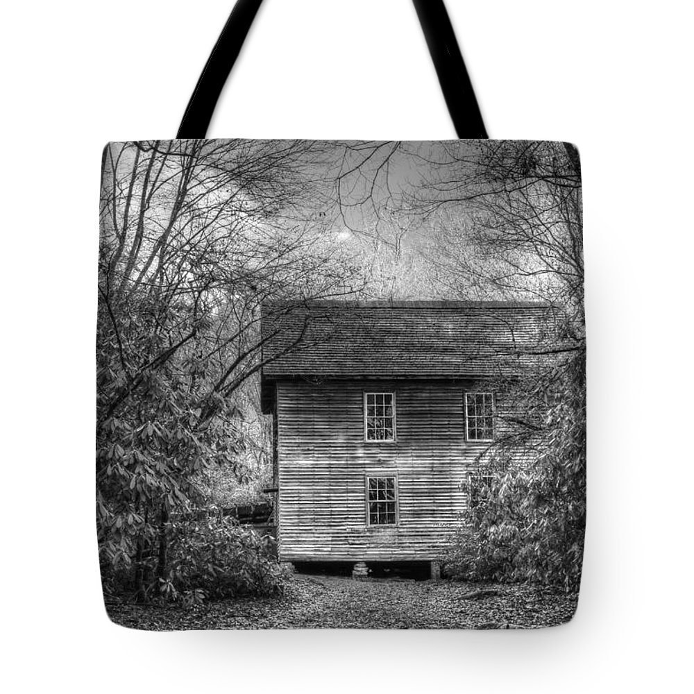 Mingus Mill Tote Bag featuring the photograph Entering Mingus Mill by Carol Montoya
