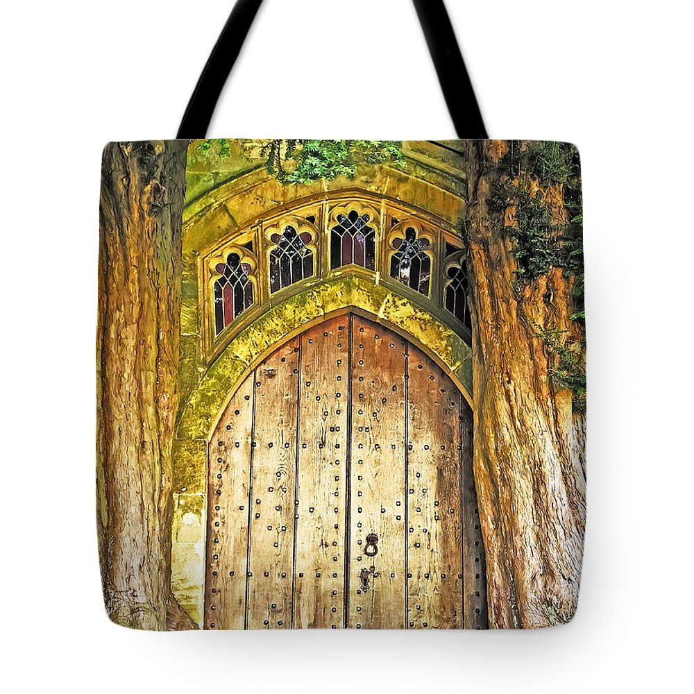 Travel Tote Bag featuring the photograph Entrance To Middle Earth by Elvis Vaughn