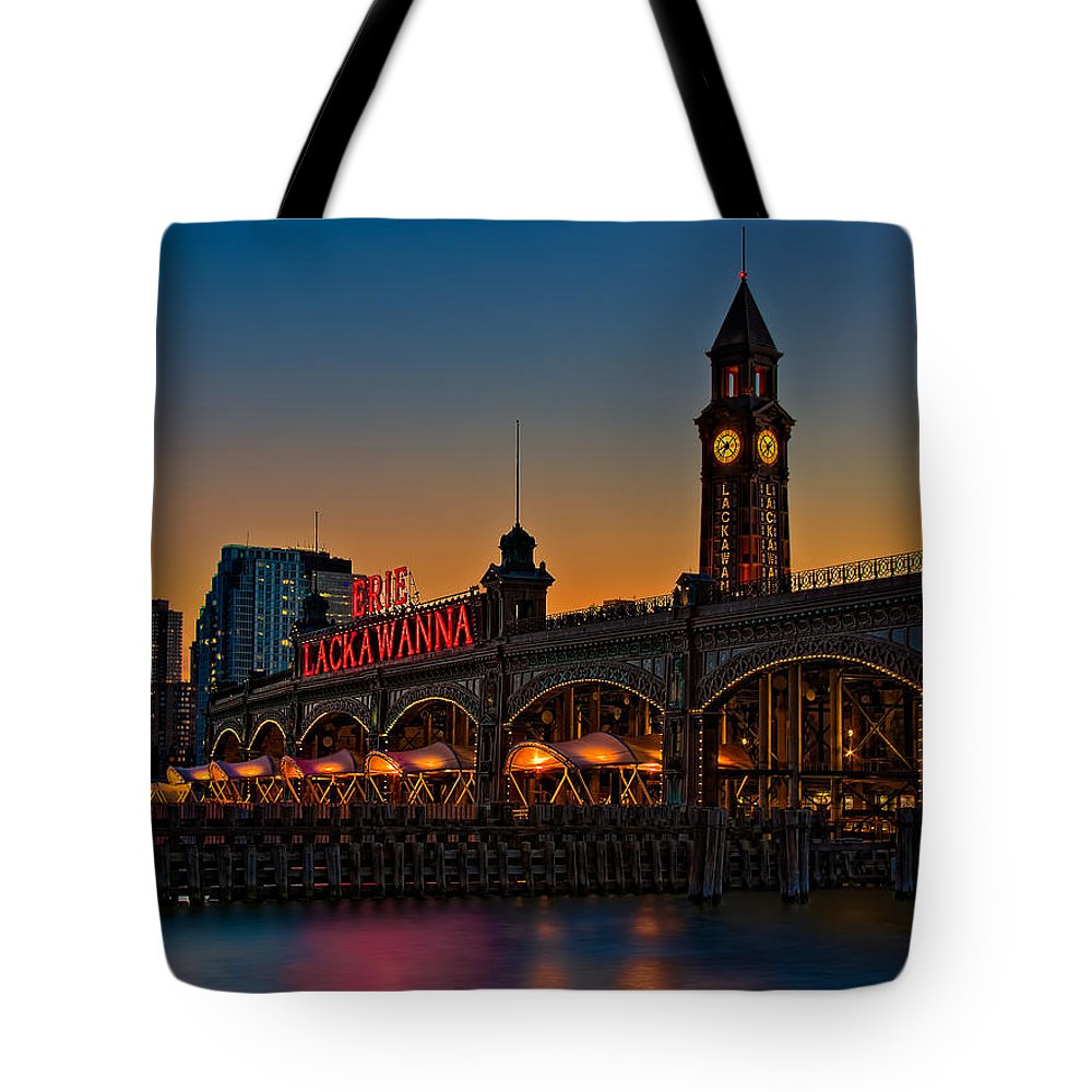 Erie Lackawanna Tote Bag featuring the photograph Erie Lackawanna by Susan Candelario