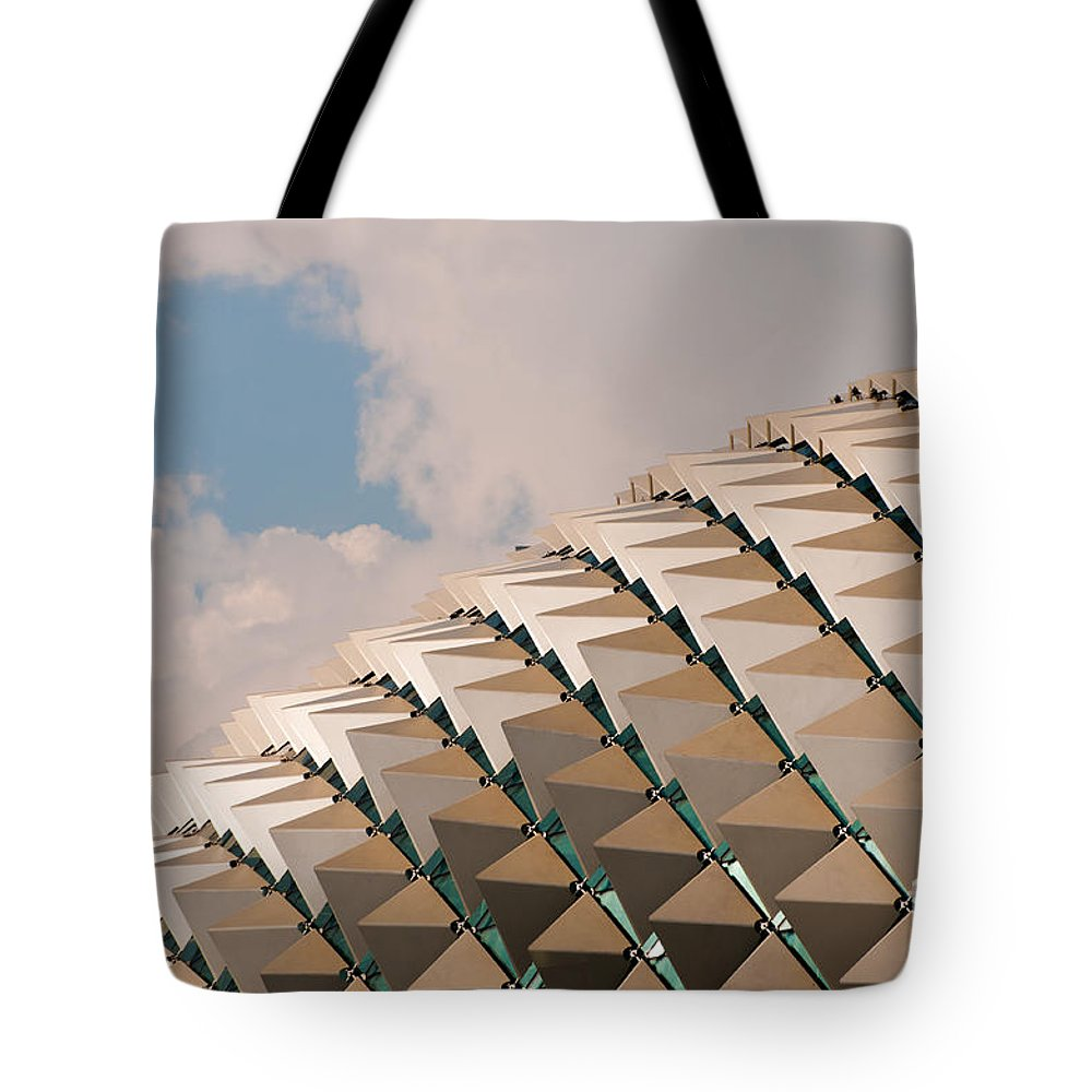 Singapore Tote Bag featuring the photograph Esplanade Theatres Roof 01 by Rick Piper Photography