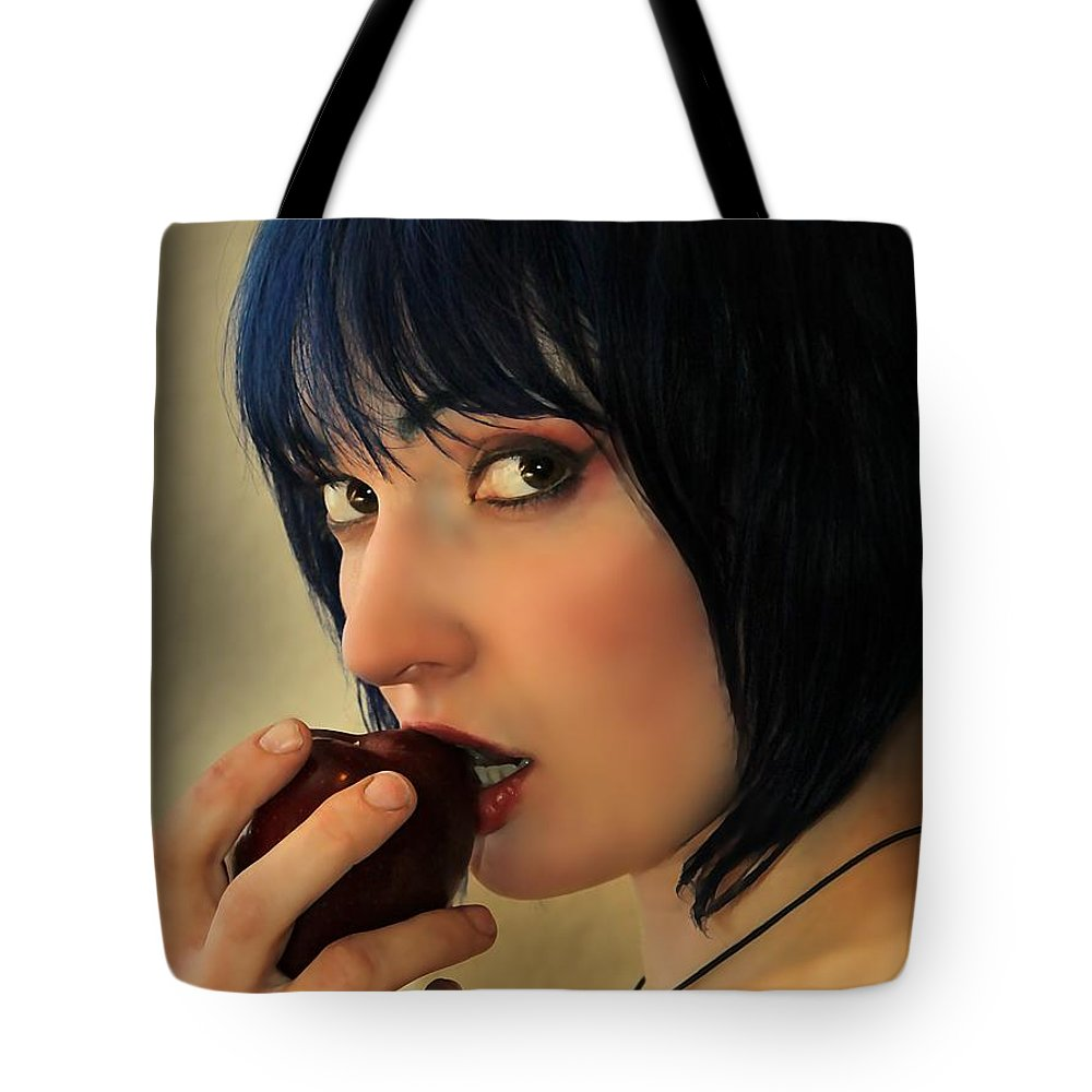 Eve Tote Bag featuring the photograph EVE by Jon Volden