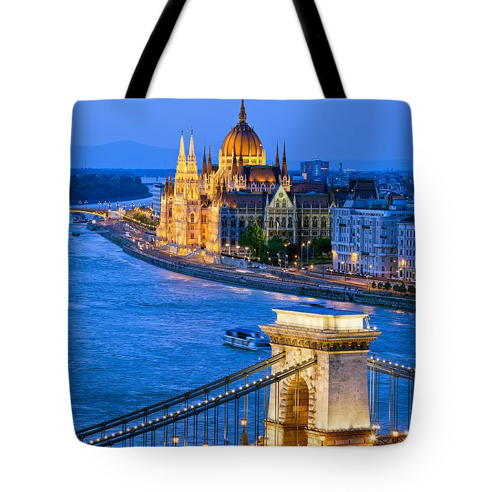 Budapest Tote Bag featuring the photograph Evening In Budapest by Artur Bogacki