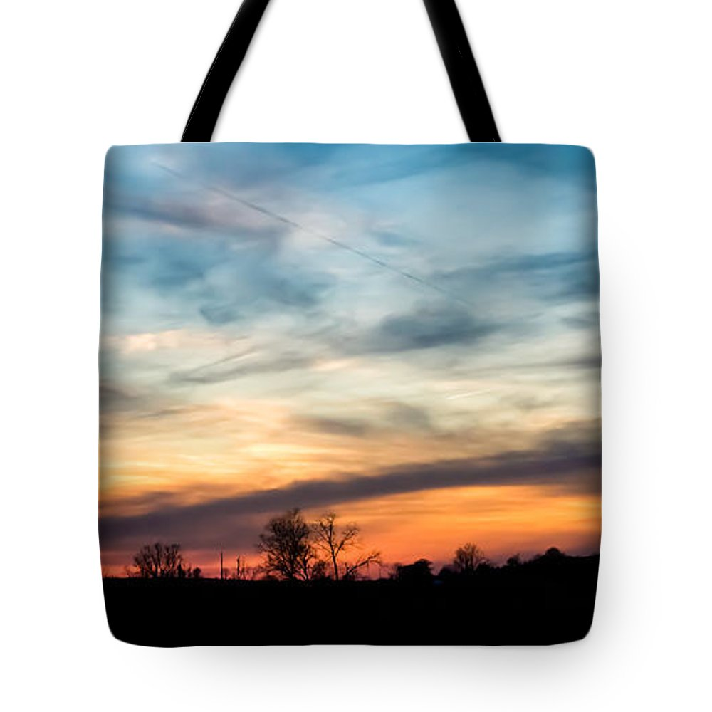 Sky Tote Bag featuring the photograph Evening Sky by Jan M Holden