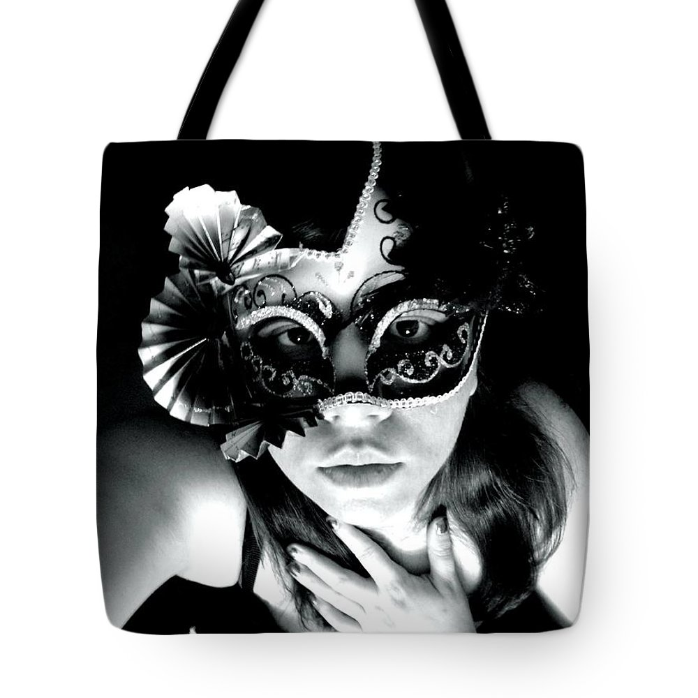 Expectations Tote Bag featuring the photograph Expectations by Vicki Spindler