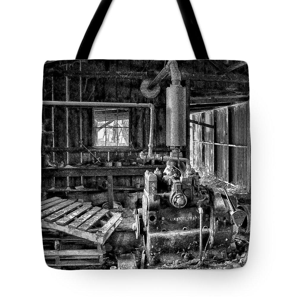 Dan Sabin Tote Bag featuring the photograph Fairbanks Morse Diesel by Dan Sabin
