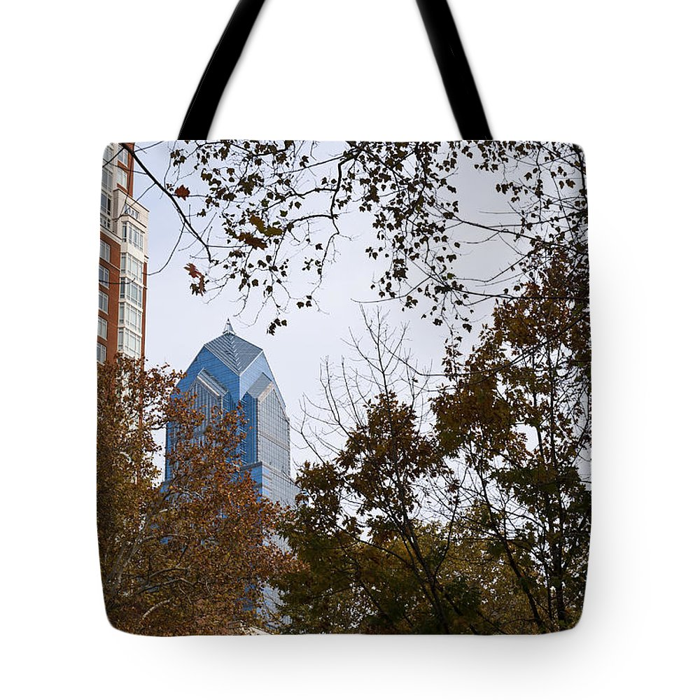 Philadelphia Tote Bag featuring the photograph Fall In Philly by Jennifer Ancker