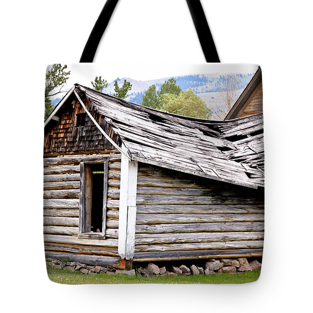 Cabin Tote Bag featuring the photograph Fallen Homestead by Athena Mckinzie