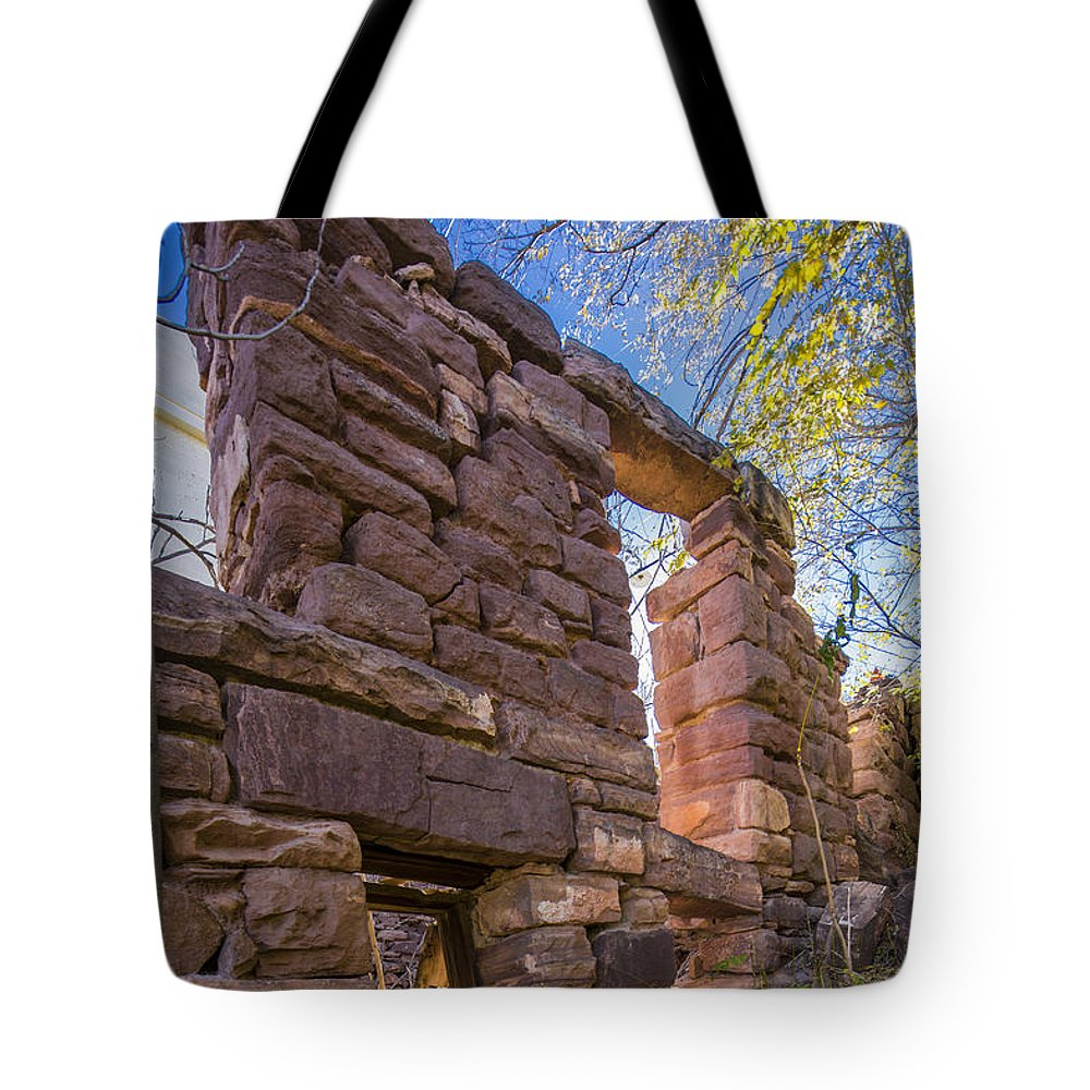 Abandoned Tote Bag featuring the photograph Falling Wall Jerome by Scott Campbell
