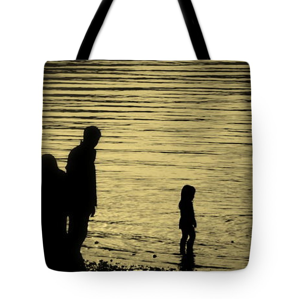Lake Tote Bag featuring the photograph Family Paddle by Linsey Williams