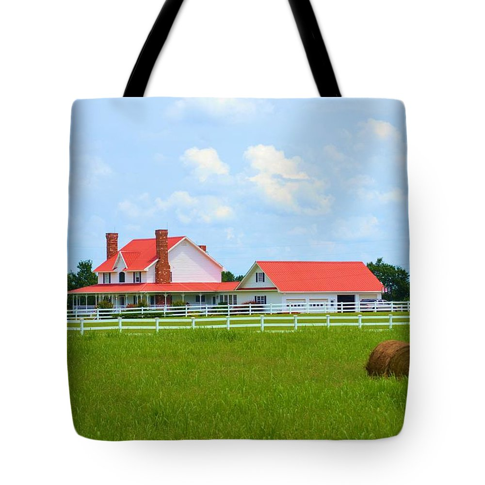 Farmhouse Tote Bag featuring the photograph Farmhouse by Tara Potts