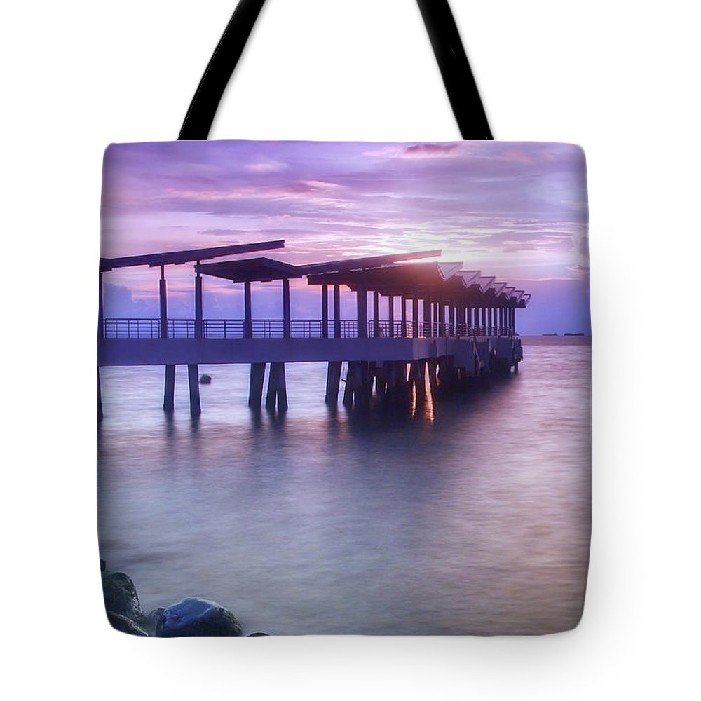 Scenics Tote Bag featuring the photograph Ferry Station by Melv Pulayan