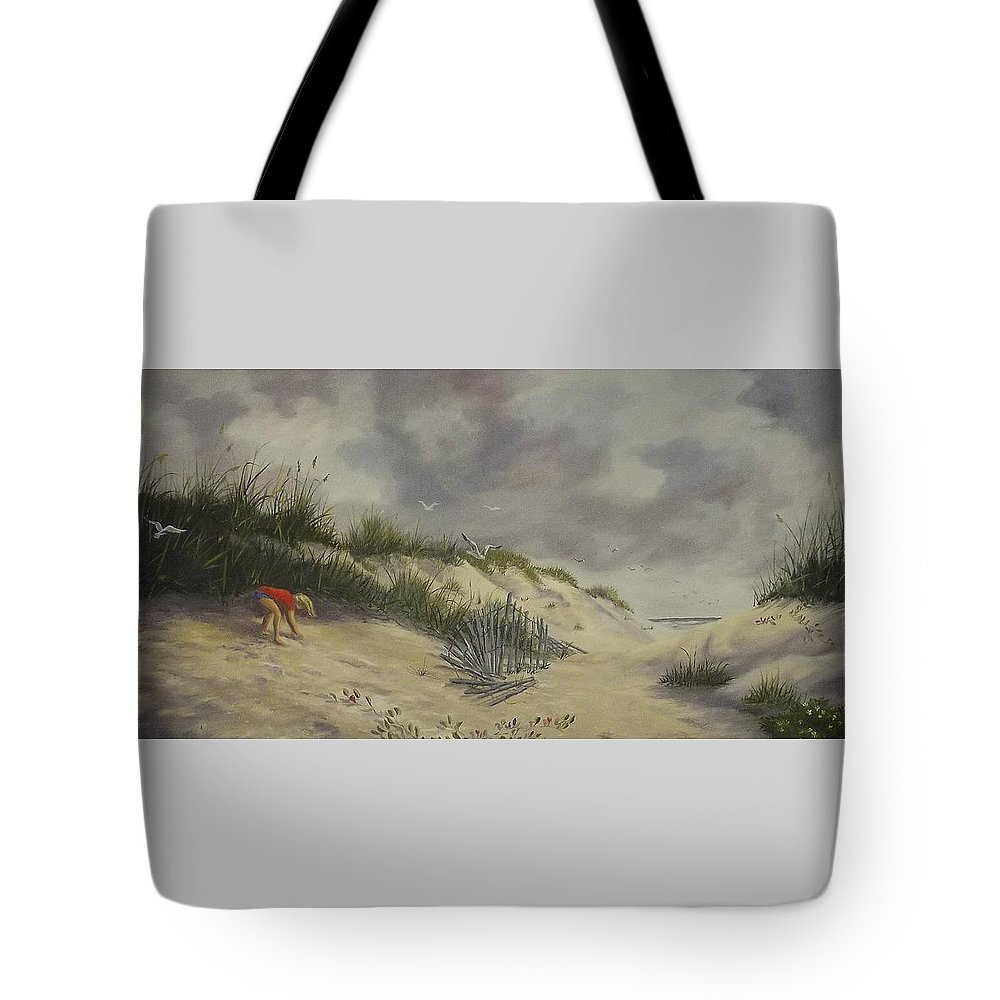 Seascape Tote Bag featuring the painting Finding Treasure by Wanda Dansereau