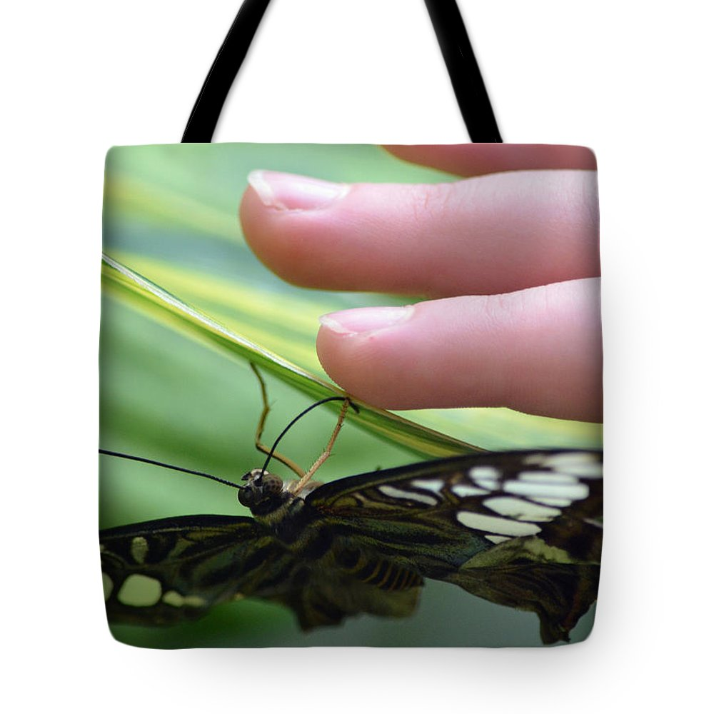 Fingers Tote Bag featuring the photograph Fingers And Feet by Richard Bryce and Family