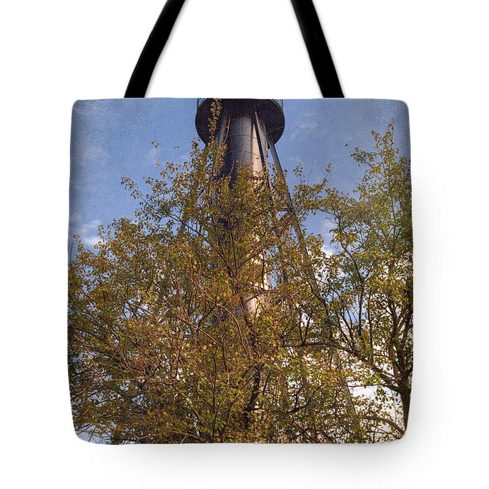 Joan Carroll Tote Bag featuring the photograph Finns Point Rear Range Light by Joan Carroll