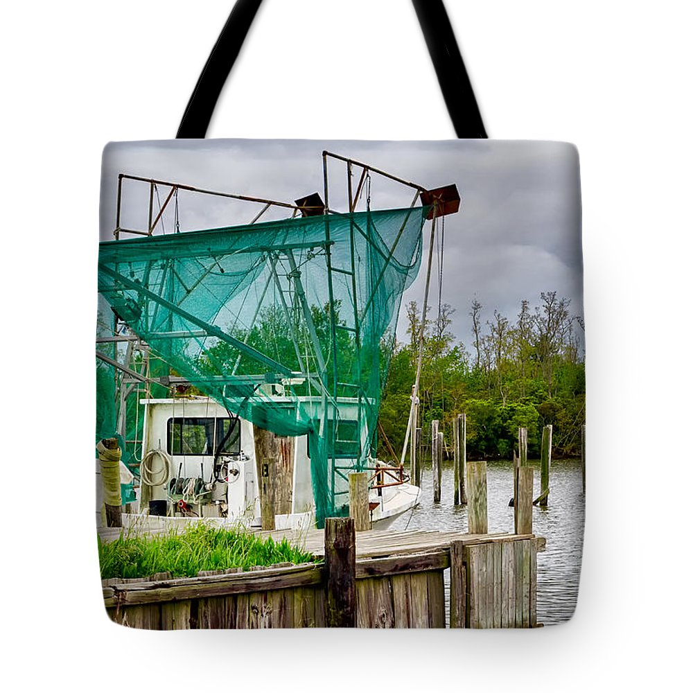 Boat Tote Bag featuring the photograph Fishing Boat And Pelicans On Posts by Kathleen K Parker