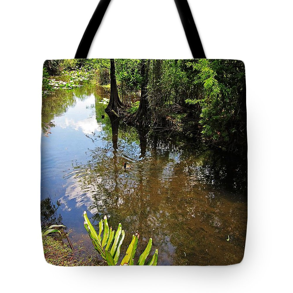 Fort Lauderdale Florida Tote Bag featuring the photograph Florida Stream by MTBobbins Photography