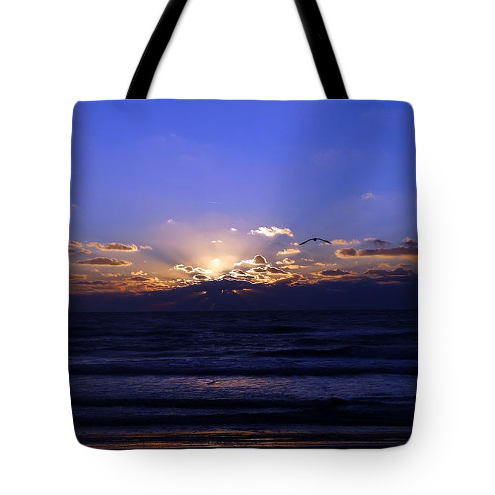 Atlantic Ocean Tote Bag featuring the photograph Florida Sunset Beyond The Ocean II by Gena Weiser