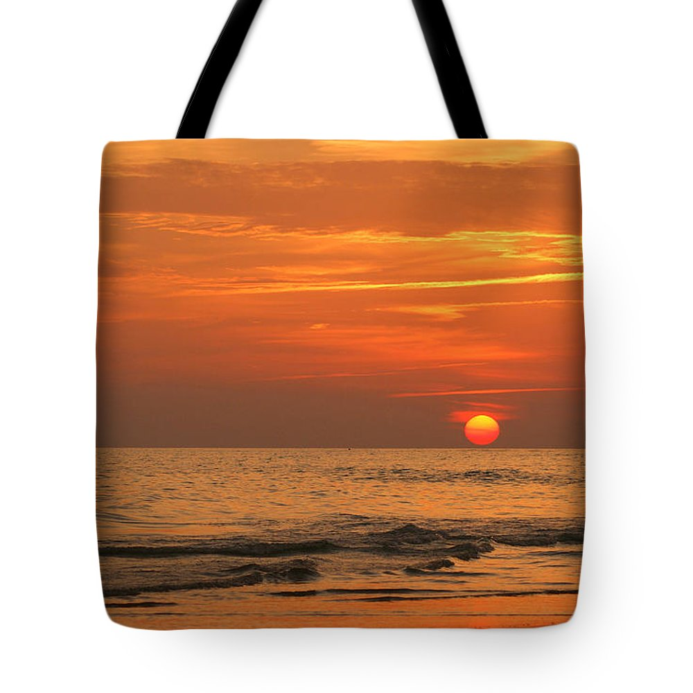 Panama City Beach Tote Bag featuring the photograph Florida Sunset by Sandy Keeton