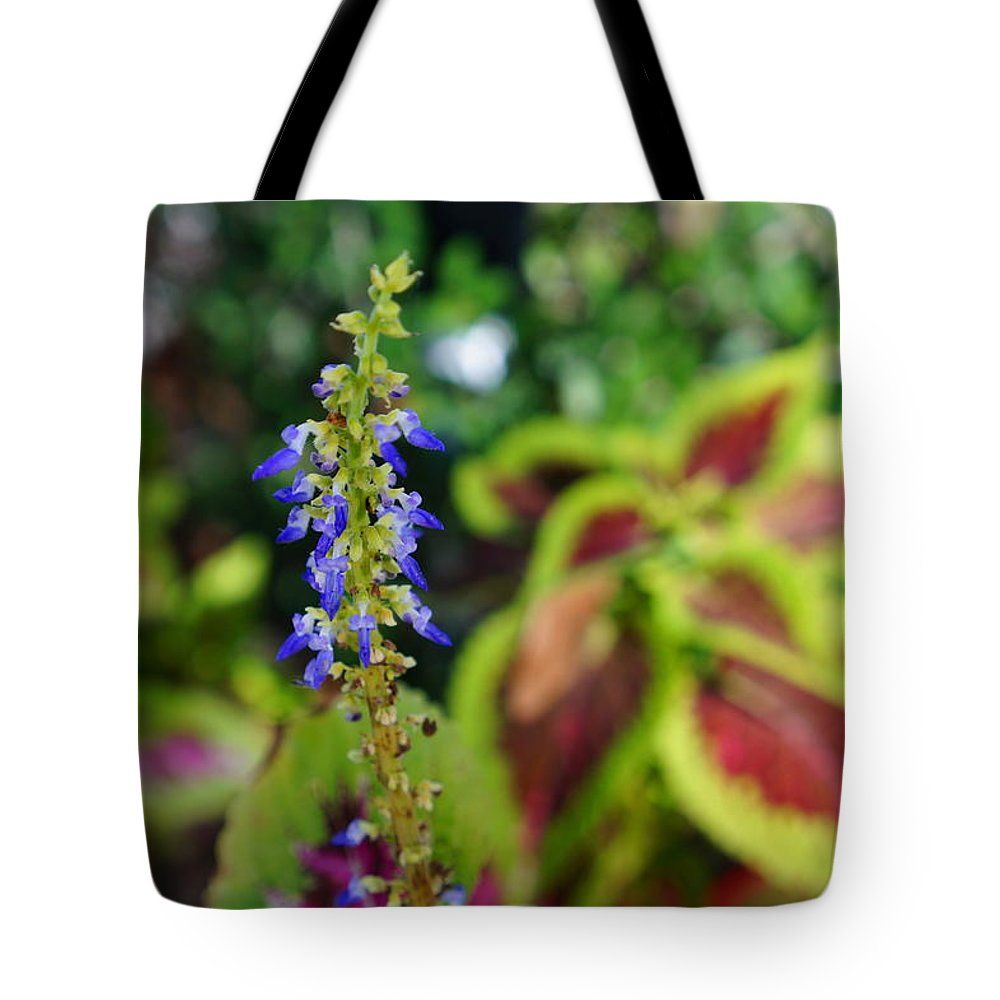 Ronald Chacon Tote Bag featuring the photograph Flowers 5 by Ronald Chacon