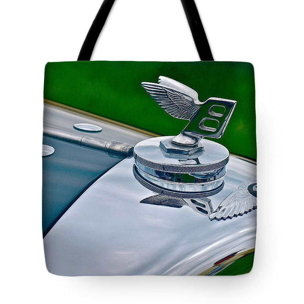 Car Tote Bag featuring the photograph Flying B by Douglas Perry