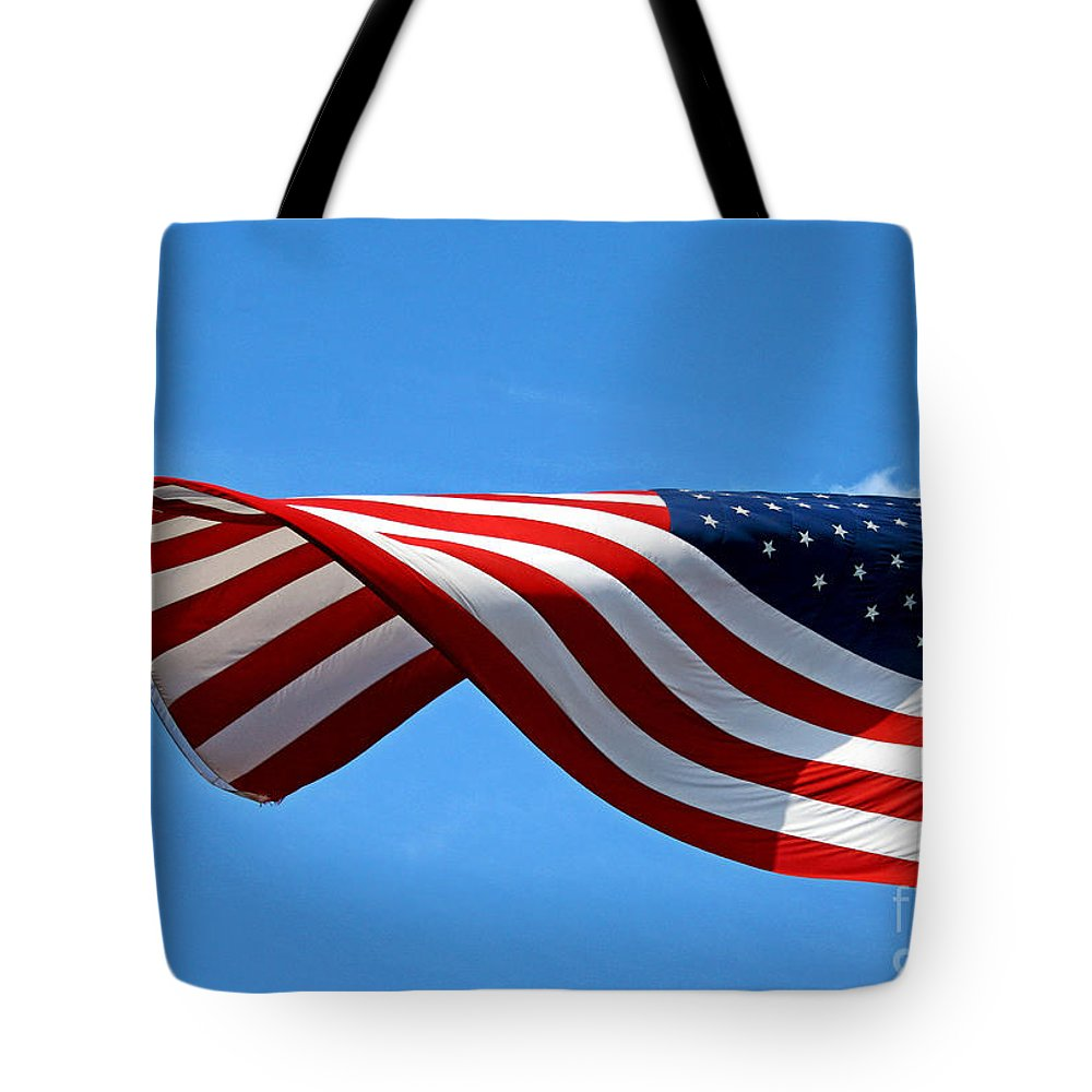 Us Flag Tote Bag featuring the photograph Flying High 2 by Earl Johnson