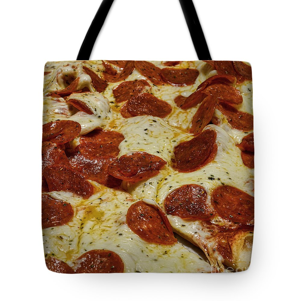 Paul Ward Tote Bag featuring the photograph Food - Pepperoni Pizza by Paul Ward
