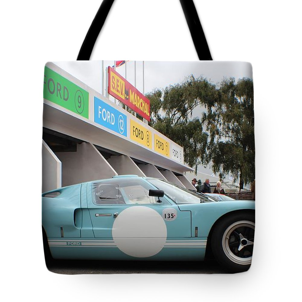 Ford Gt 40 Tote Bag featuring the photograph Ford Gt 40 Pit Lane by Robert Phelan