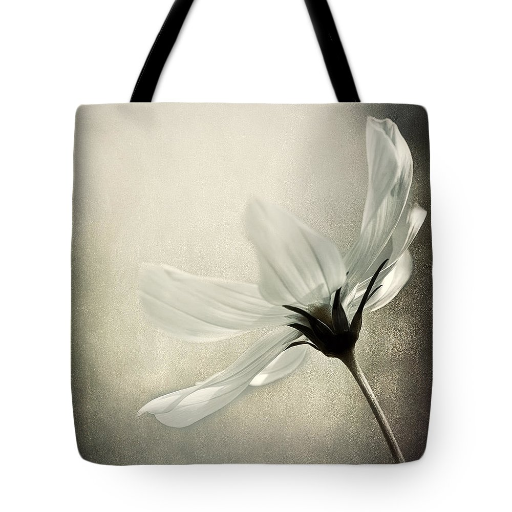 Photography Tote Bag featuring the photograph Formal Affair by Darlene Kwiatkowski