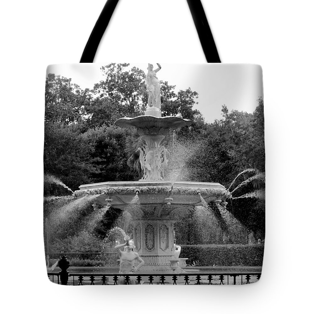 Savannah Tote Bag featuring the photograph Forsyth Park Fountain - Black And White 2x3 by Carol Groenen