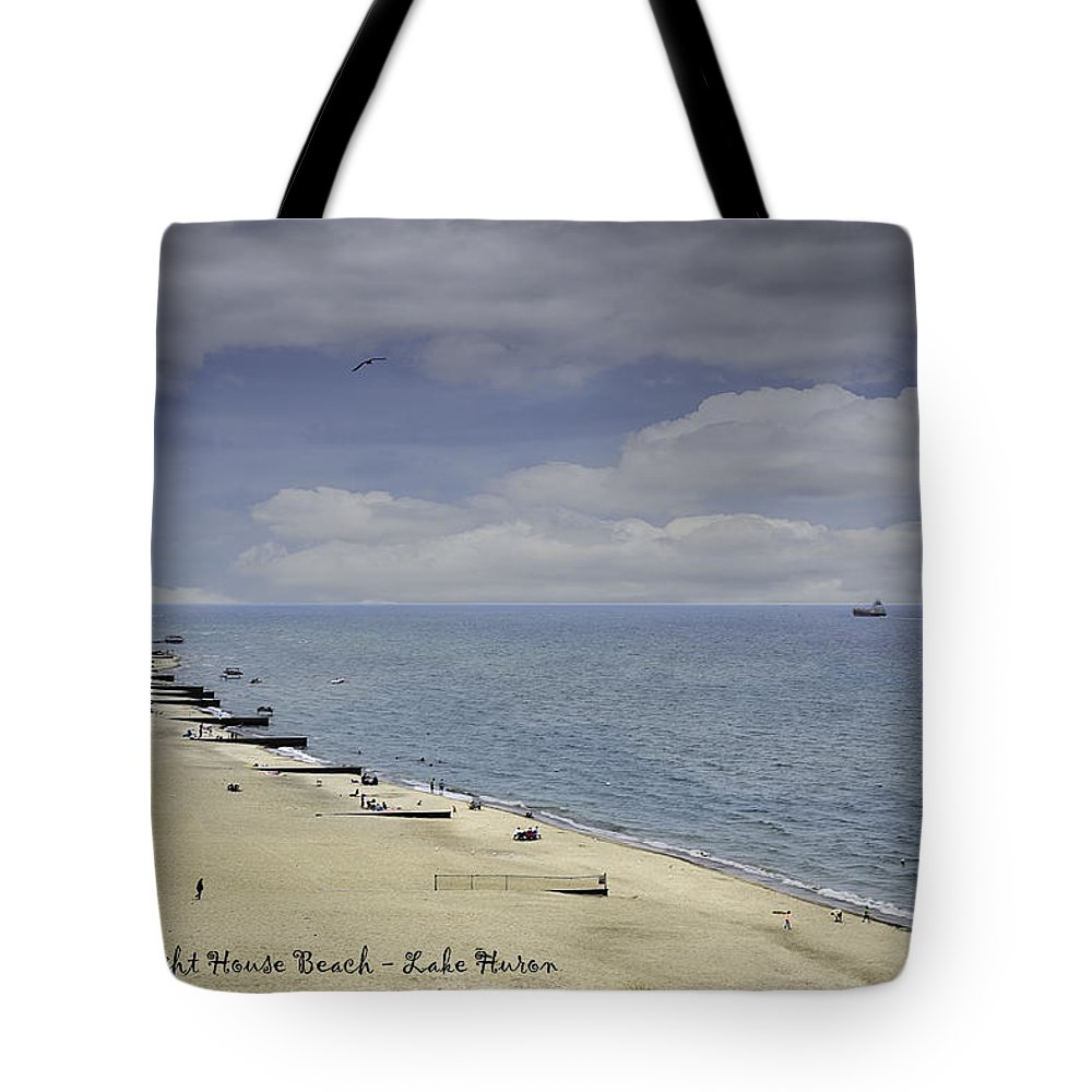Usa Tote Bag featuring the photograph Fort Gratiot Light House Beach by LeeAnn McLaneGoetz McLaneGoetzStudioLLCcom