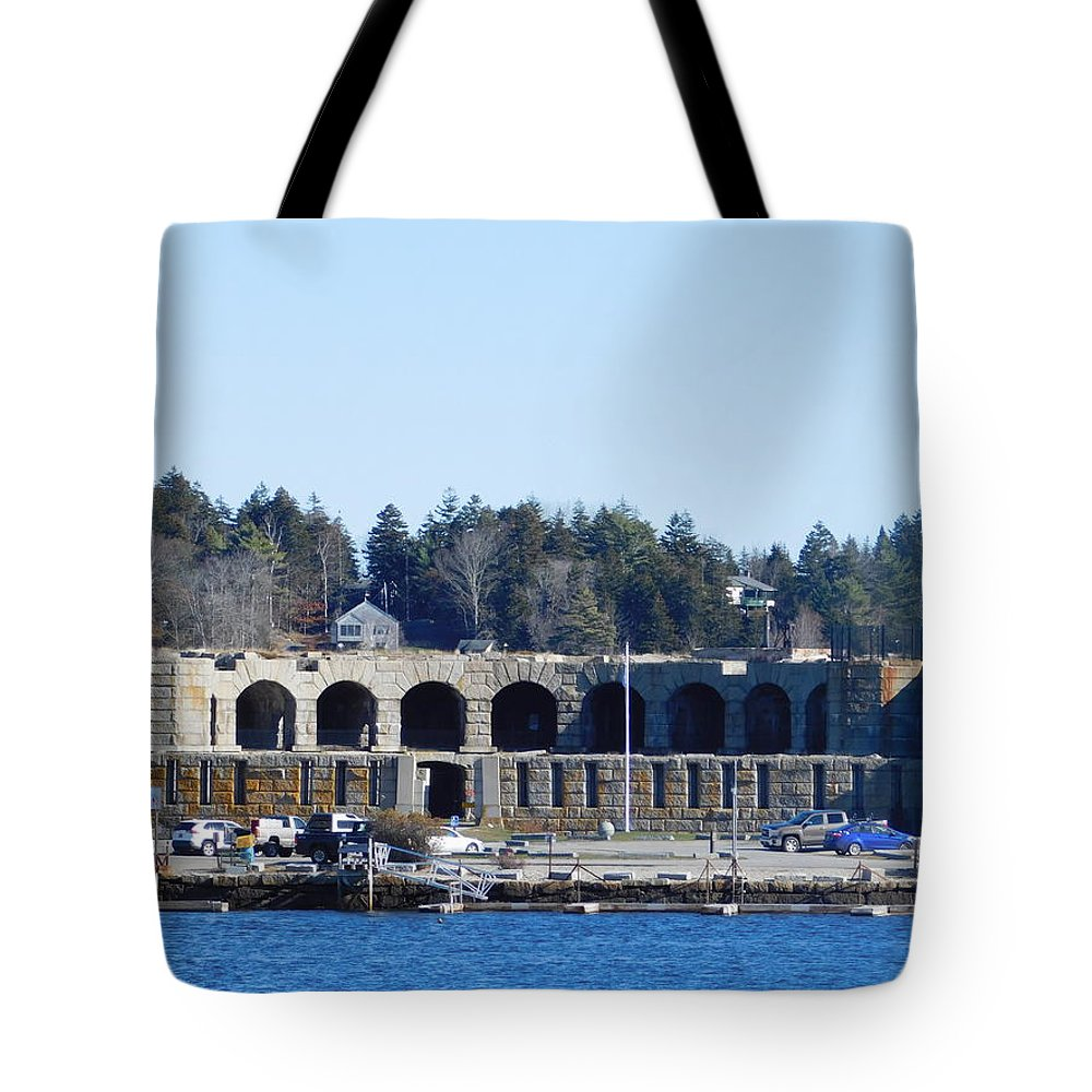 Fort Popham Tote Bag featuring the photograph Fort Popham In Maine by Catherine Gagne