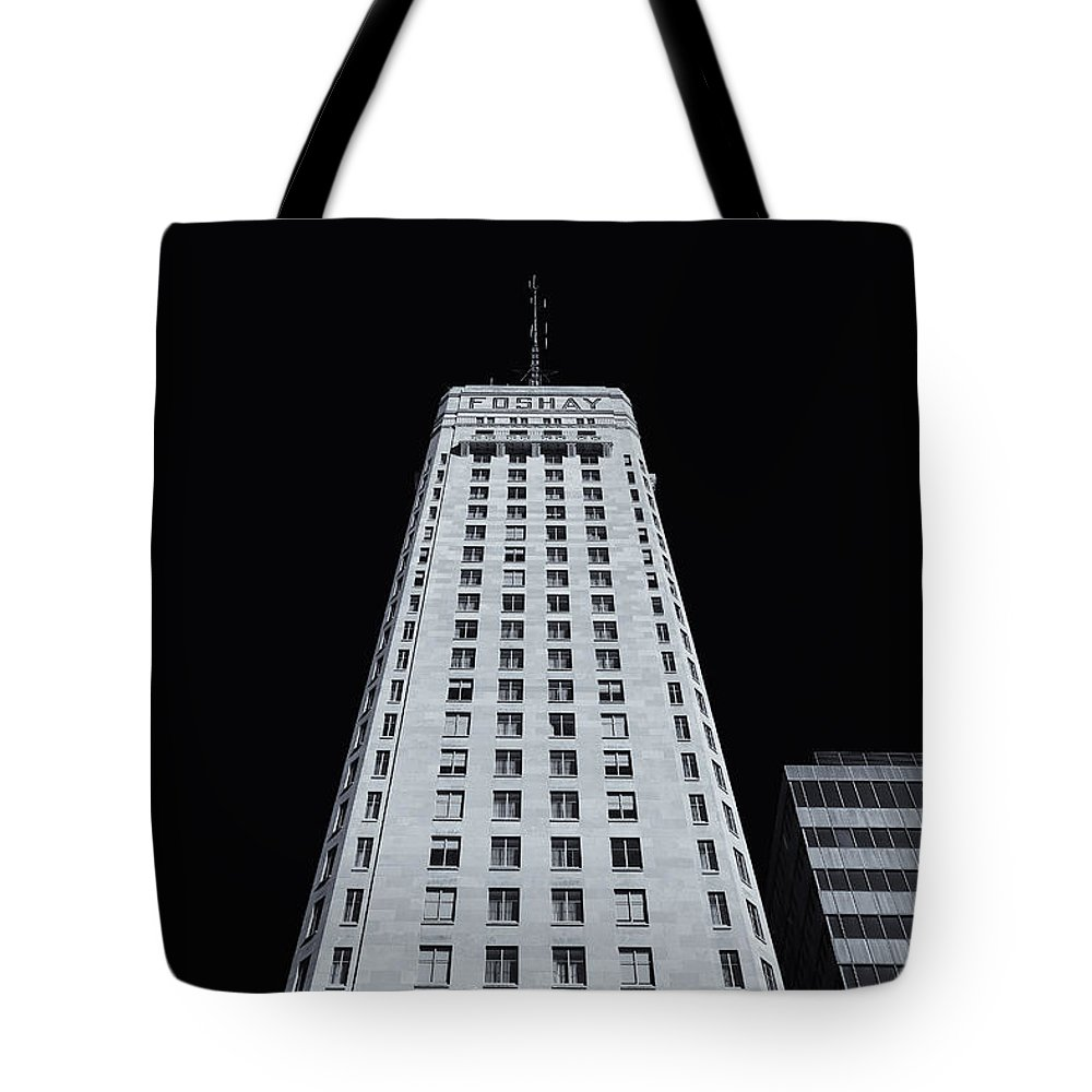 Foshay Tower Tote Bag featuring the photograph Foshay Tower Mono by Rachel Cohen