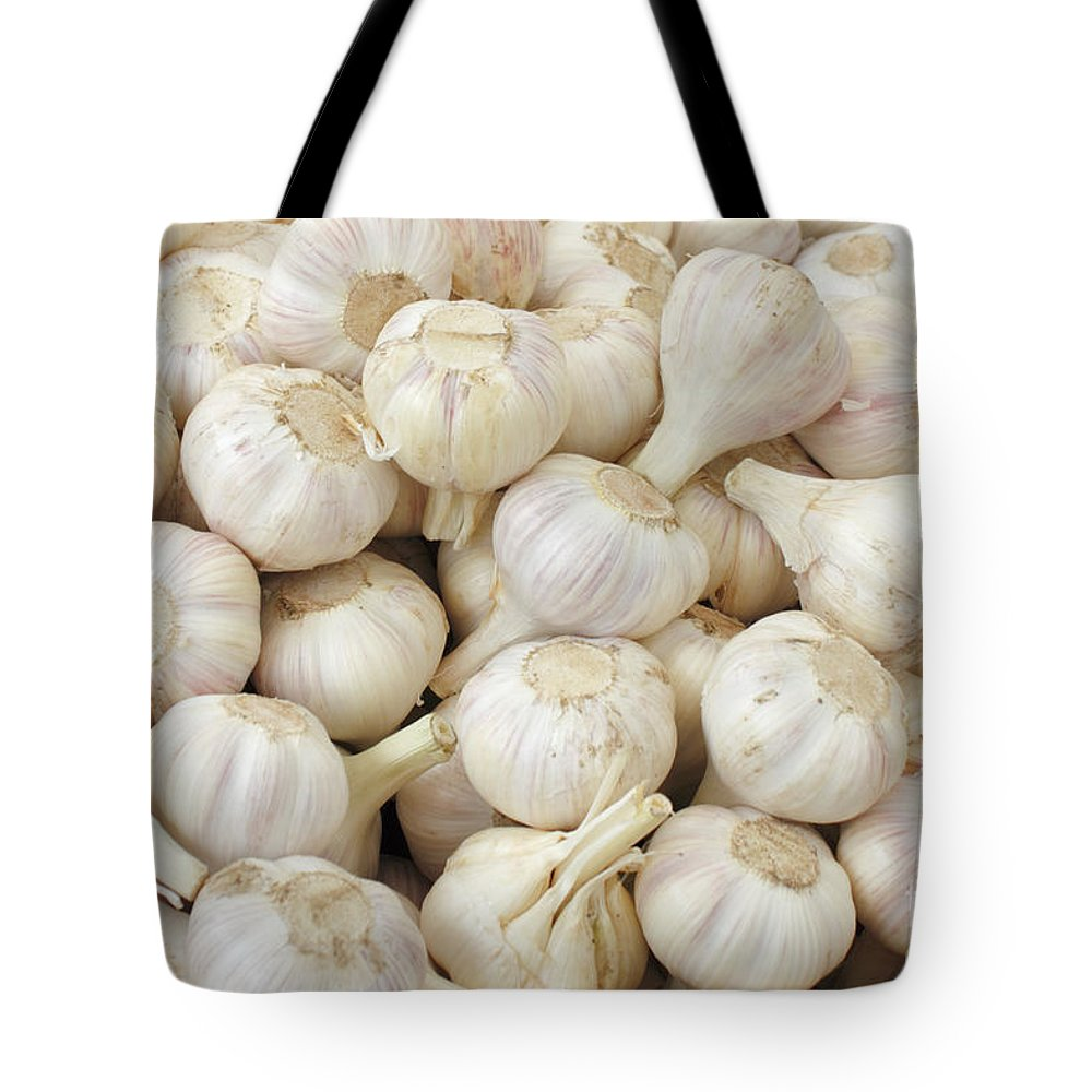Garlic Tote Bag featuring the photograph Fresh Garlic Bulbs by Lee Serenethos