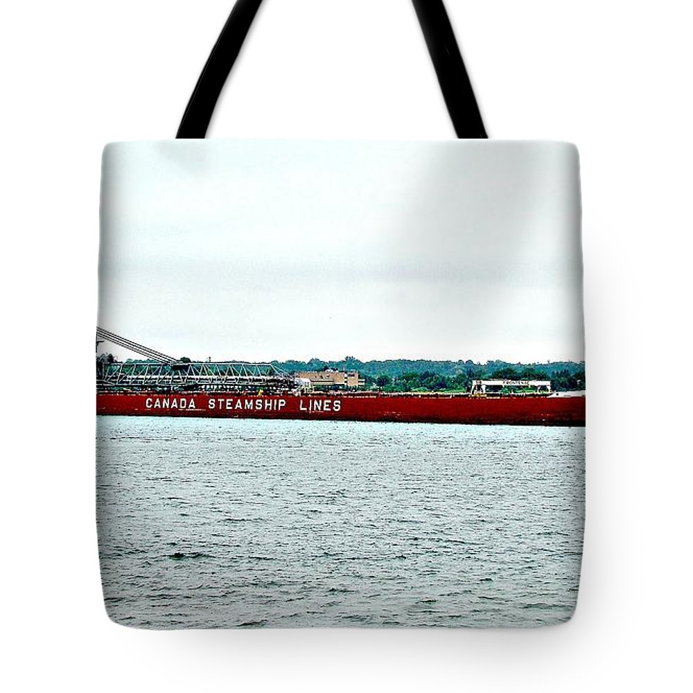 Frontenac Tote Bag featuring the photograph Frontenac by Tom Geiger