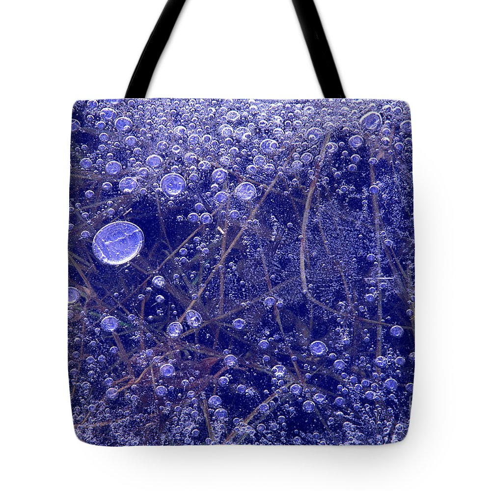 North America Tote Bag featuring the photograph Frozen Bubbles In The Merced River Yellowstone Natioinal Park by Dave Welling