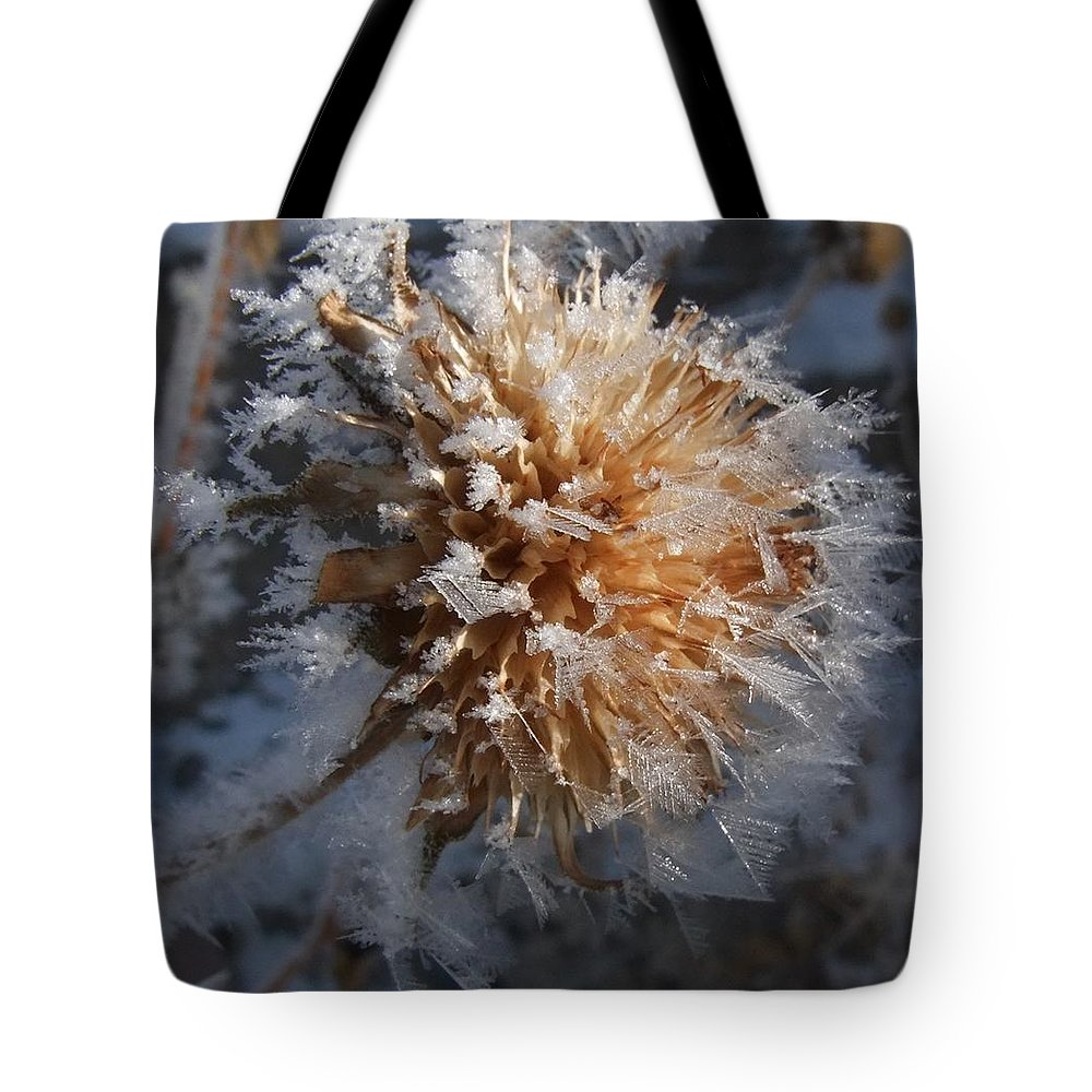 Scenic Tote Bag featuring the photograph Frozen Fog by Kae Cheatham