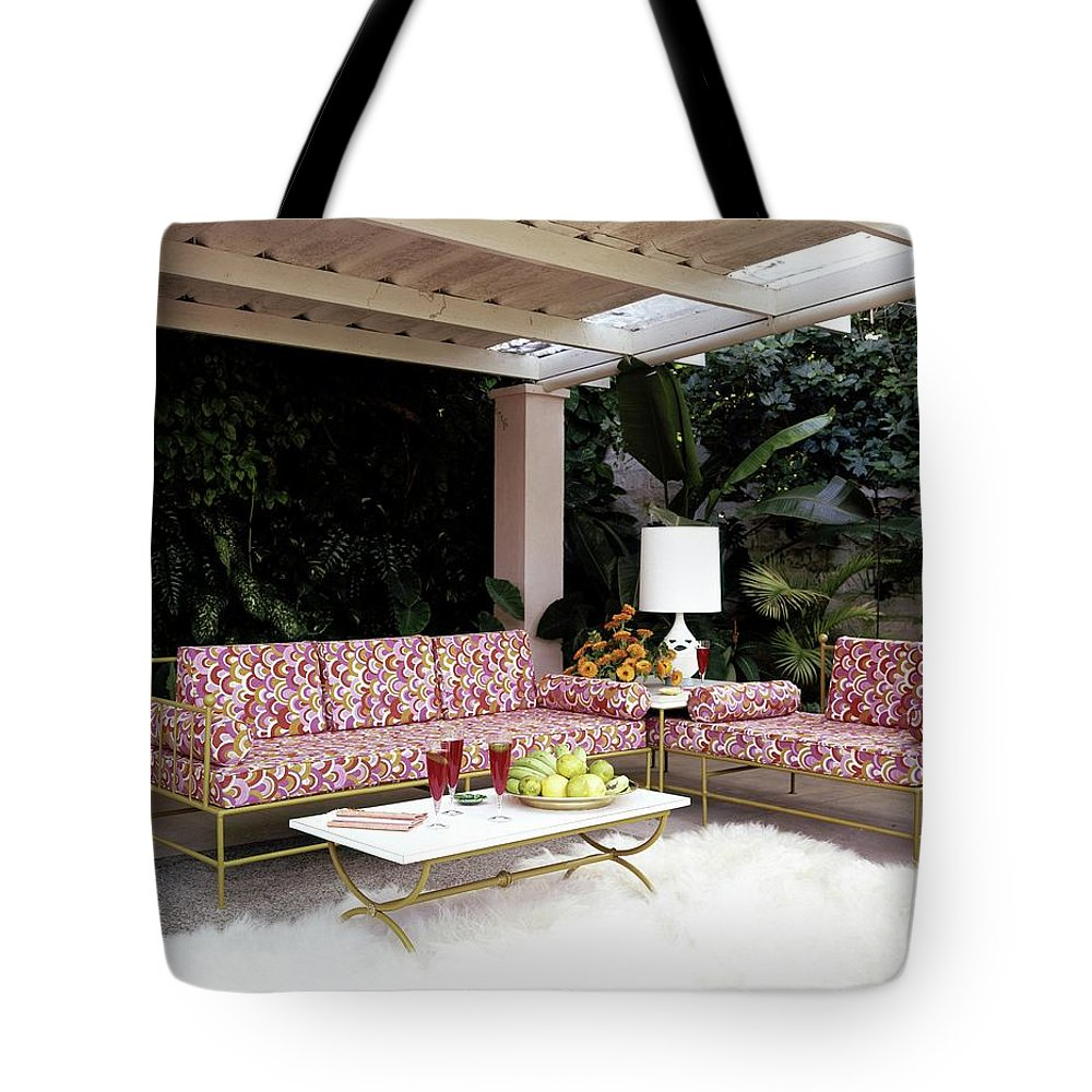 Garden Tote Bag featuring the photograph Garden-guest Room At The Chimneys by Tom Leonard