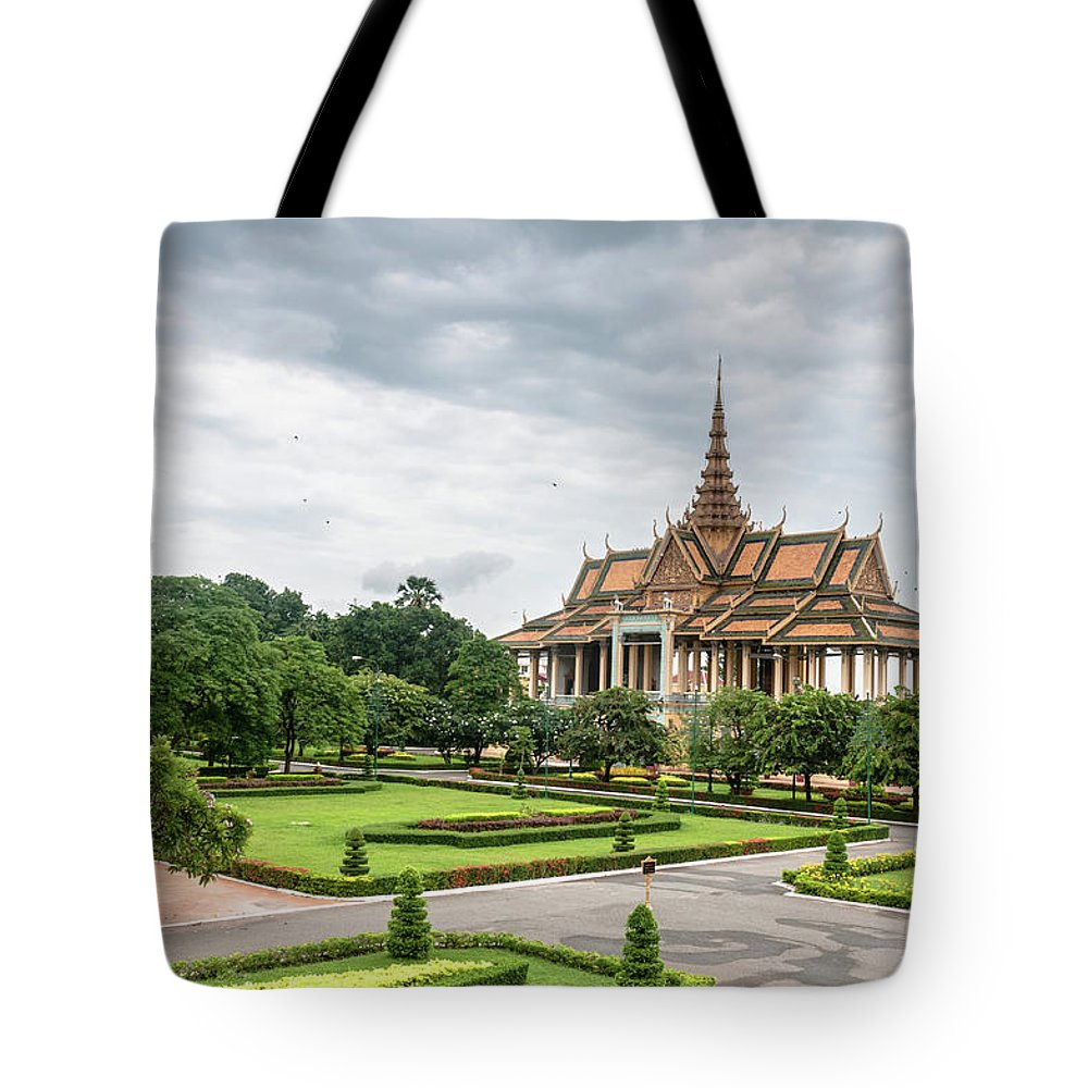 Southeast Asia Tote Bag featuring the photograph Gardens At The Royal Palace In Phnom by Tbradford