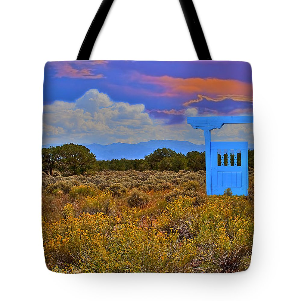 New Mexico Tote Bag featuring the photograph Gateway To The West by Greg Wells