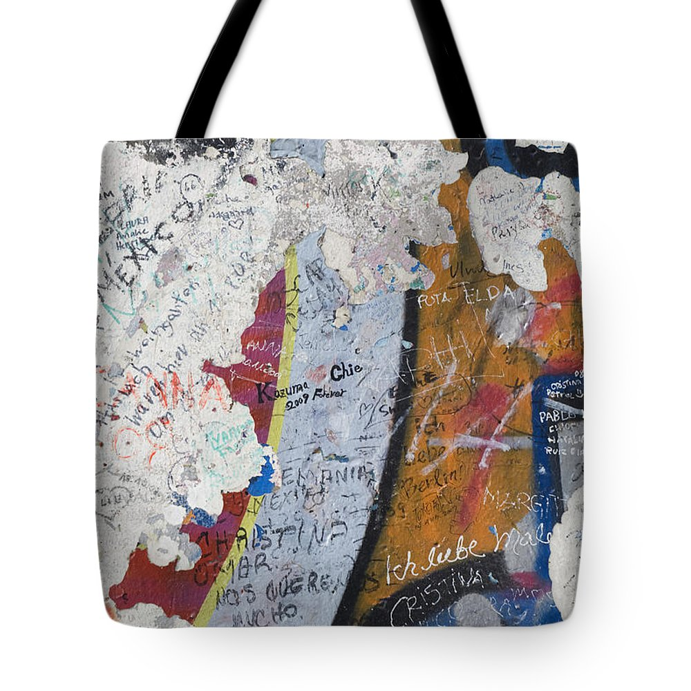 Ar�valo De Zavala Tote Bag featuring the photograph Germany, Berlin Wall Berlin by Teresa Ar�valo de Zavala