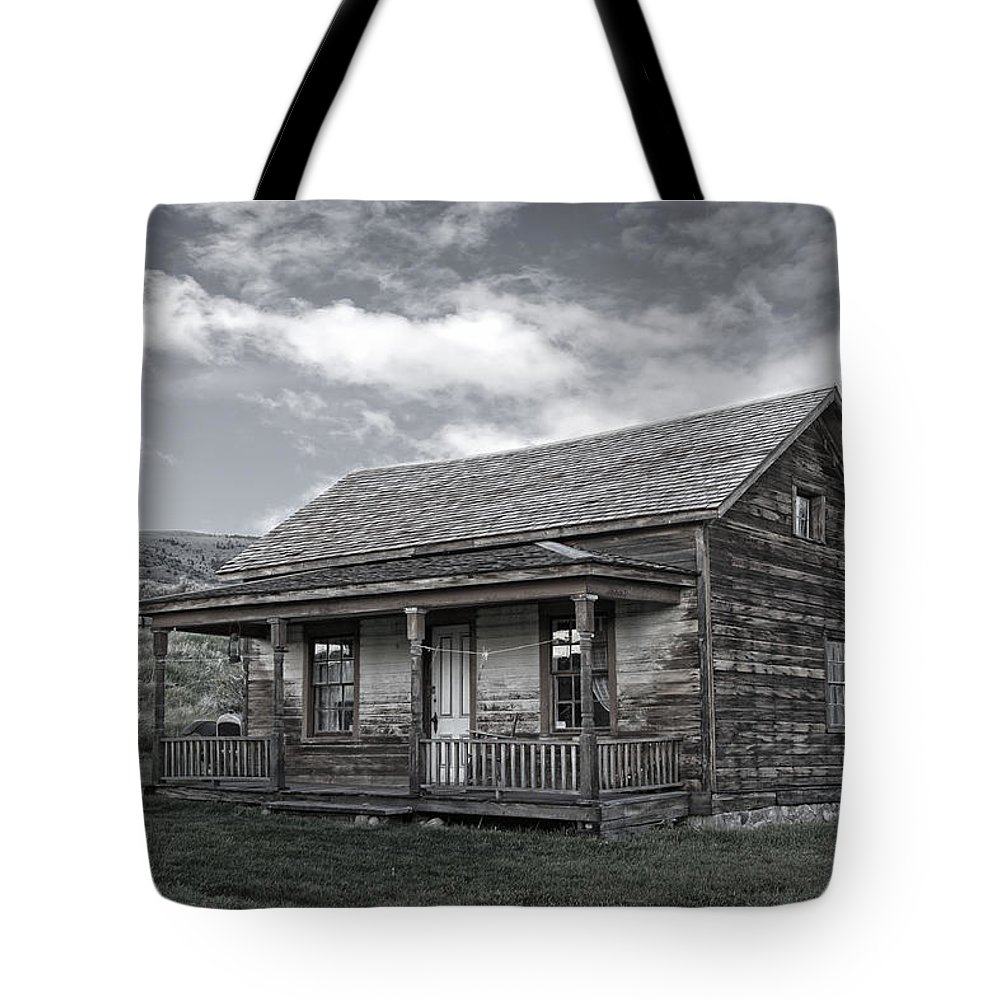 Montana Tote Bag featuring the photograph Ghost Town Homestead - Montana by Daniel Hagerman