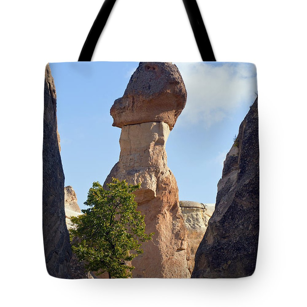 Pasabag Monks Valley Cappadocia Turkey Rock Formation Sandstone Formations Toadstool Hoodos Toadstools Mushrooms Mushroom Hoodoo Hoodoos Tree Trees Landscape Landscapes Fairy Chimney Chimneys Tote Bag featuring the photograph Giant Toadstool by Bob Phillips
