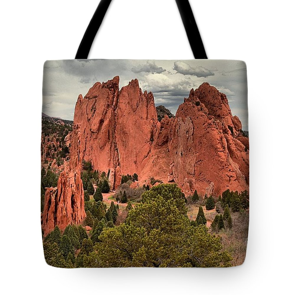 Garden Of The Gods Tote Bag featuring the photograph Giants Among The Trees by Adam Jewell
