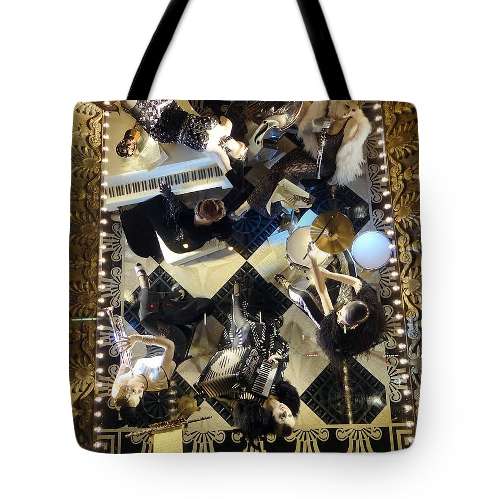 Window Displays Tote Bag featuring the photograph Girl Group by Ed Weidman
