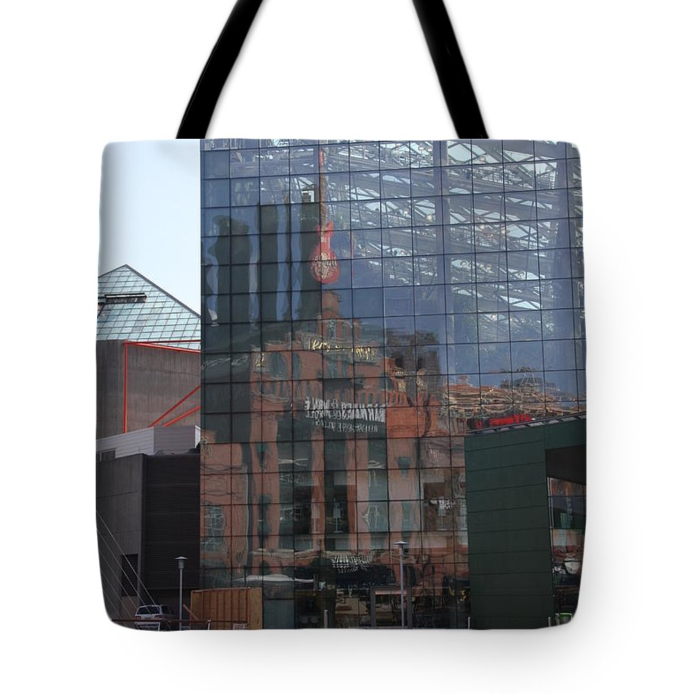 Glaas Facade Tote Bag featuring the photograph Glass Facade Reflection - Aquarium Baltimore by Christiane Schulze Art And Photography