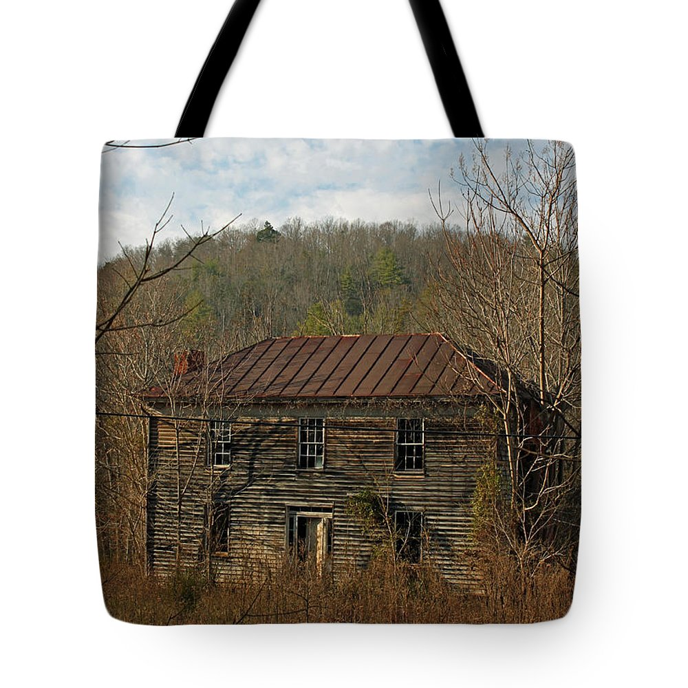 History Tote Bag featuring the photograph Glory Days Gone By by Suzanne Gaff