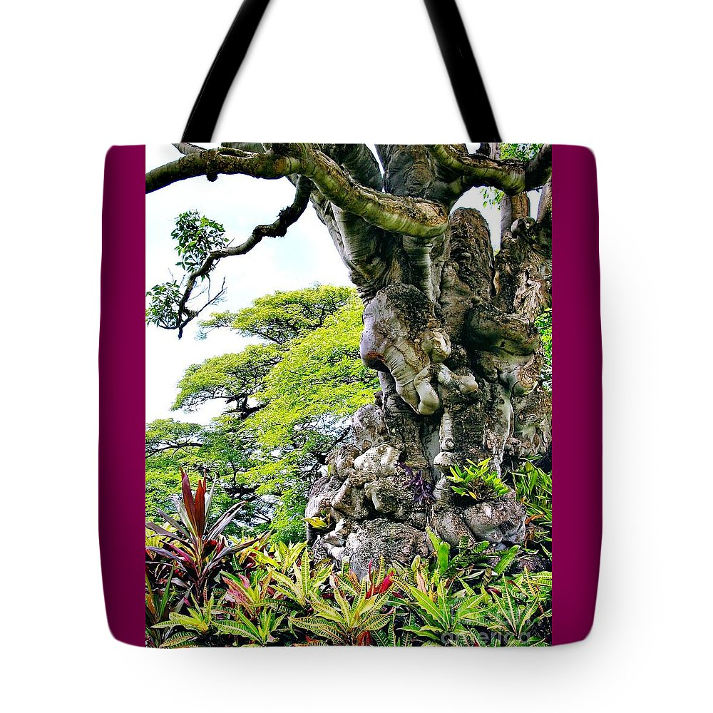 Gnarled Tree Tote Bag featuring the photograph Gnarled Tree by Phyllis Kaltenbach
