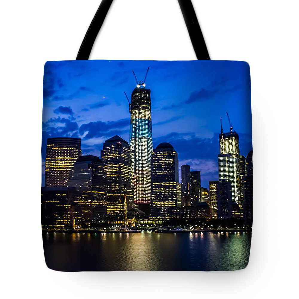 New York City Tote Bag featuring the photograph Good Night, New York by Sara Frank