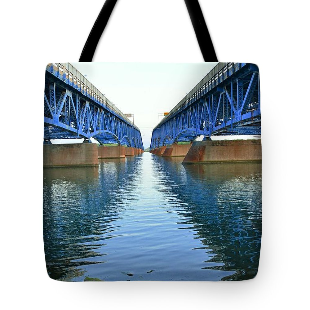 Grand Tote Bag featuring the photograph Grand Island Bridges by Kathleen Struckle