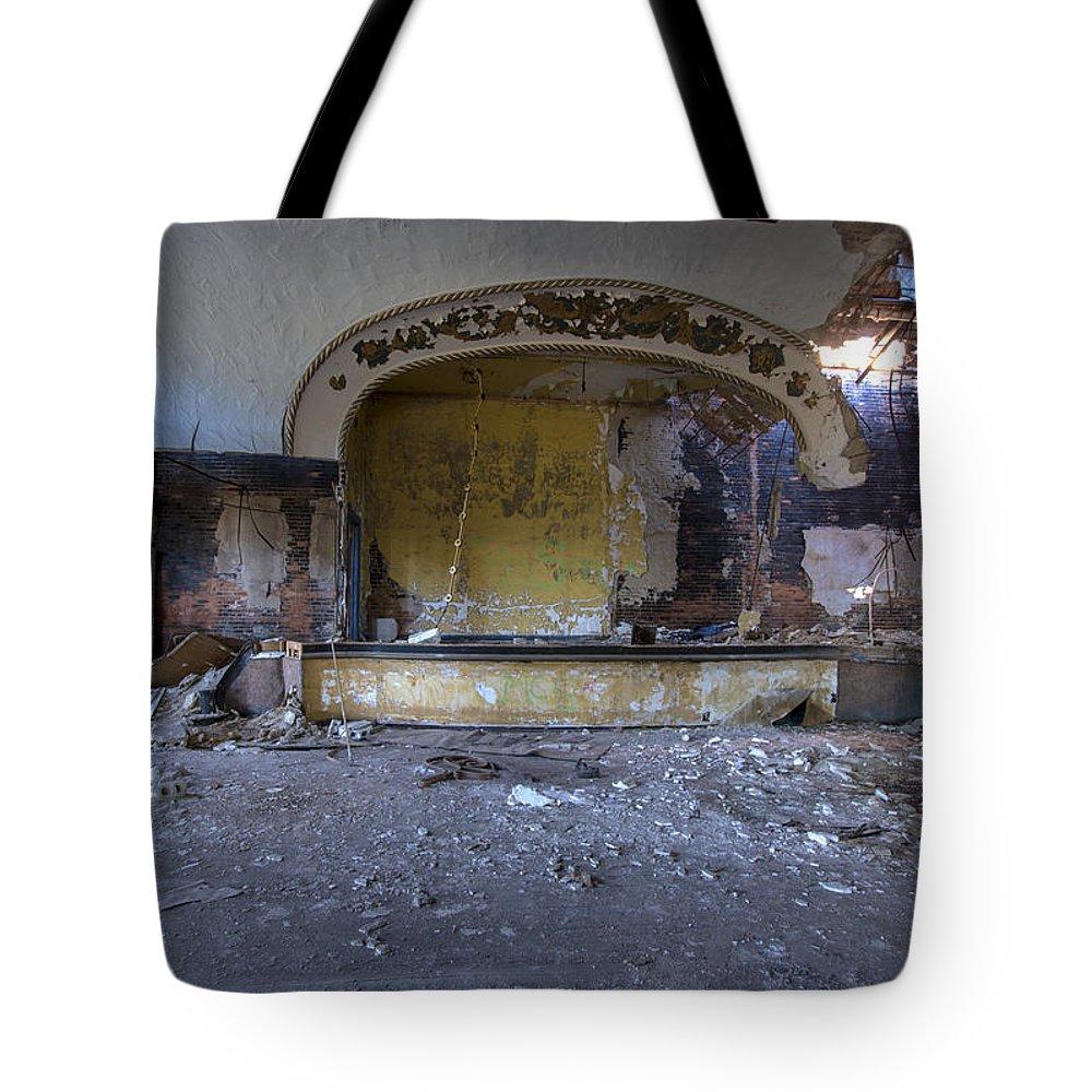 Grande Ballroom Tote Bag featuring the photograph Grande Ballroom Detroit Mi #5 by Paul Cannon